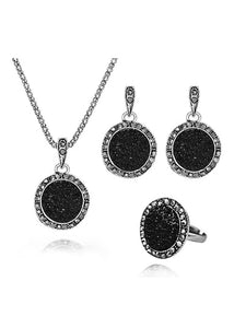 Round Rhinestone Pendant Necklace & Earrings &