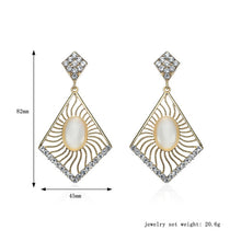 Load image into Gallery viewer, Charm Fashion Women Crystal