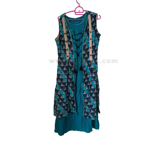 Short Sleeved Ladies' Long Dress - Size L