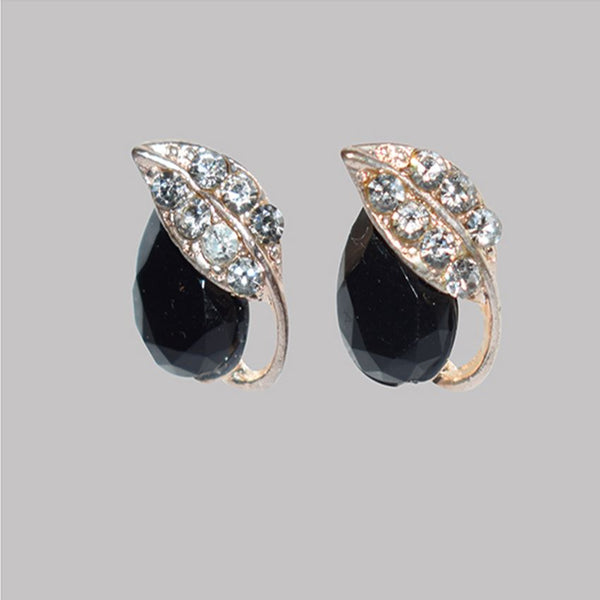 Earring With Black Stone And Diamond Leaf