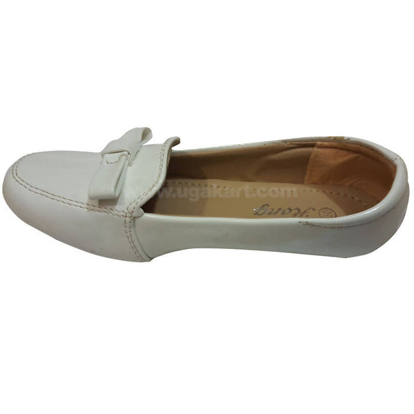 Hong Shiny White Ballet Flat Shoes For Kids