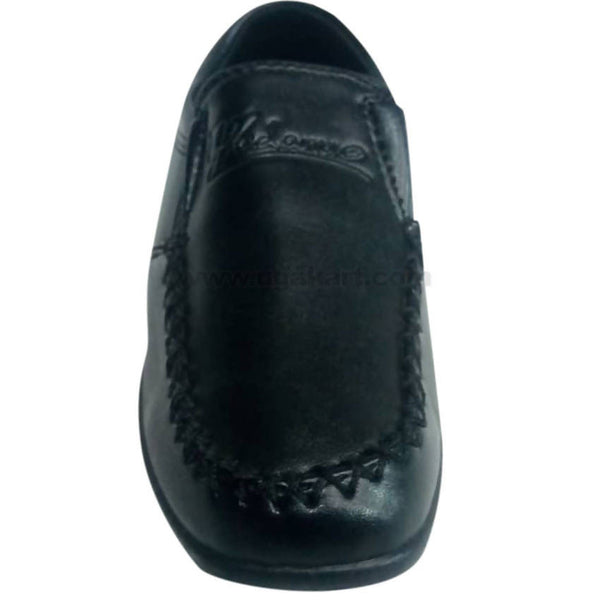 Black Leather Designed Shoes For Girls