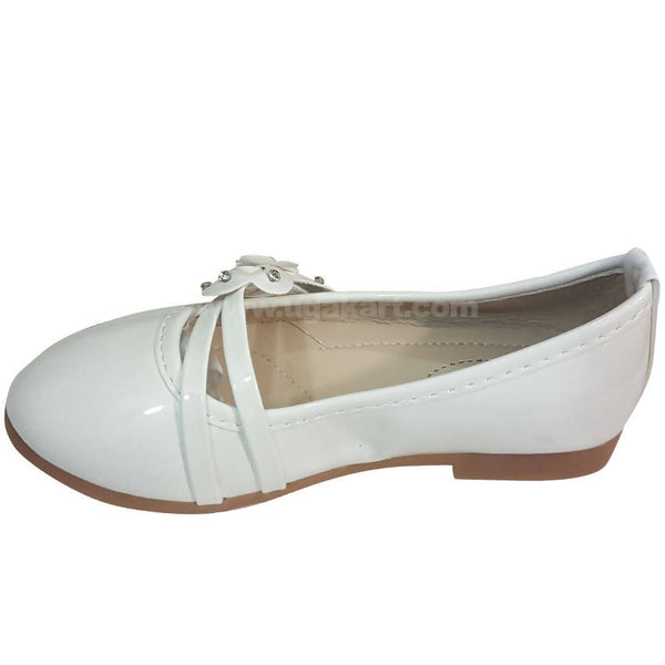 White Low Heel Girls Shoes(Size-25 to 34)