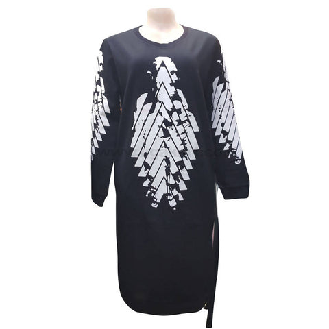 Round Neck Balck and White Long T-Shirt (Free Size)