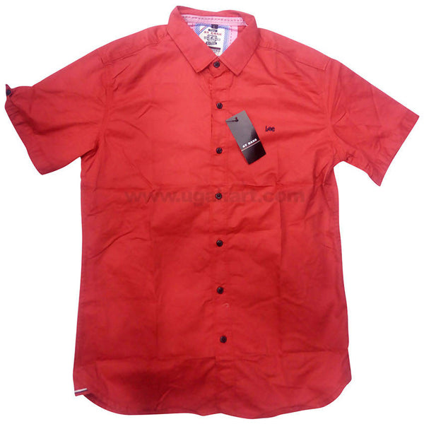Lee Red Cotton Solid Half Sleeve Casual Shirt For Men