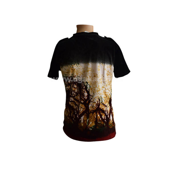 Digital Design Print T-shirt in Black Colour - Size L