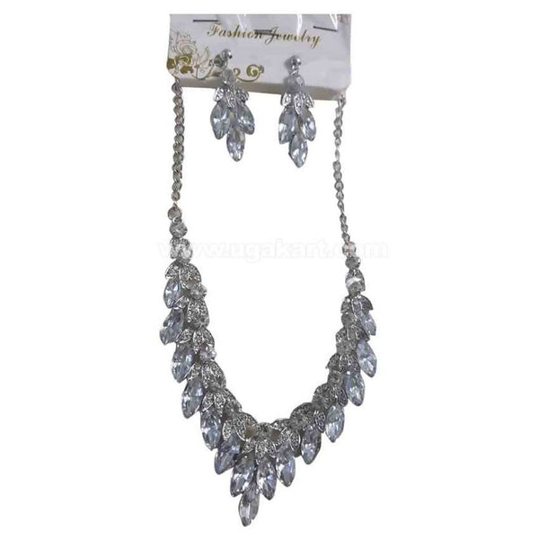 Silver Ladies Necklace With Earings