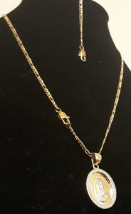 14k Gold Plated 3mm Figaro Chain Pendant and Bracelet
