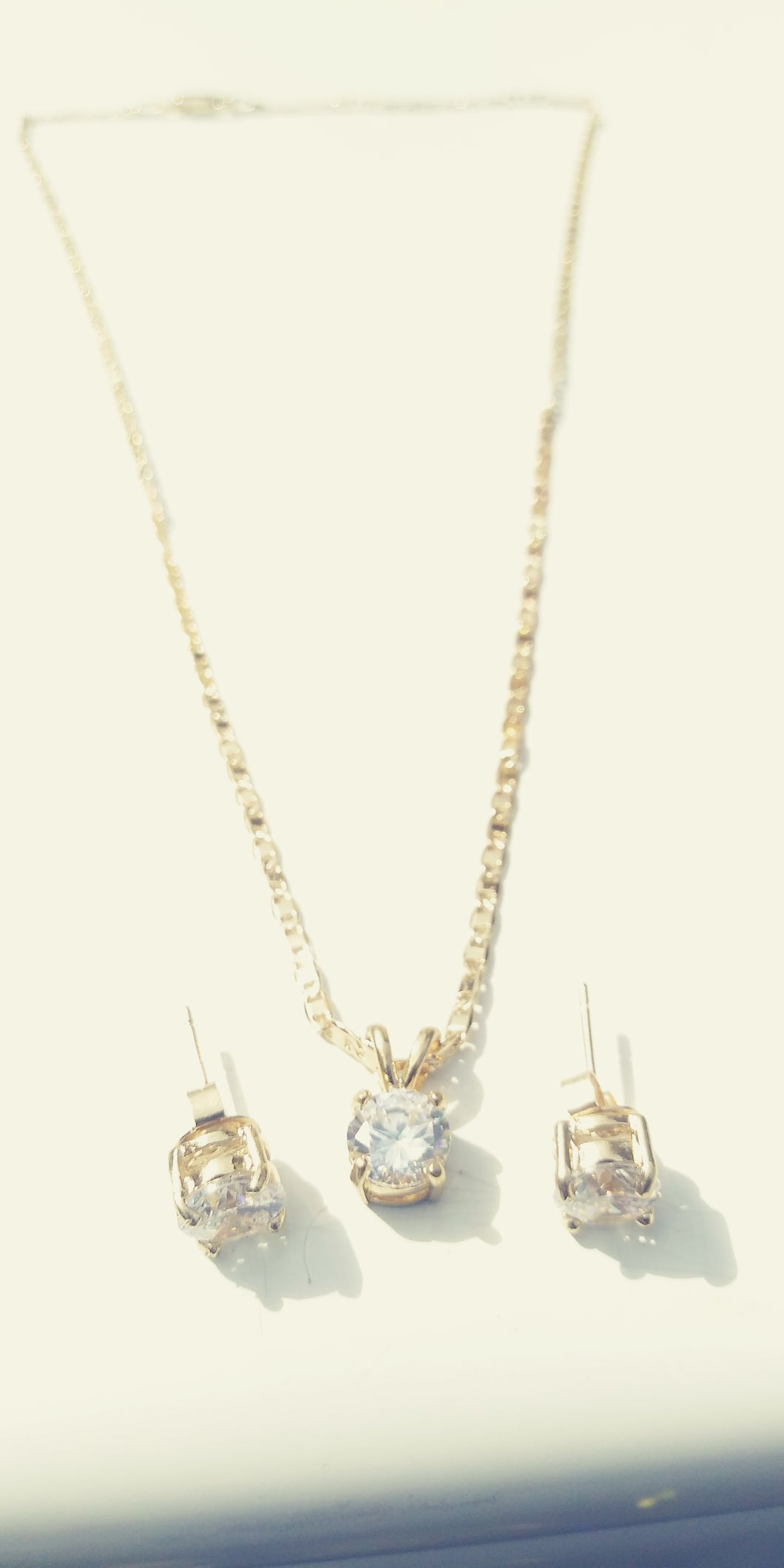 14k Gold Filled Womens Full Set Chain pendant and earrings