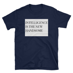 Regular Fit - Intelligence is the new handsome