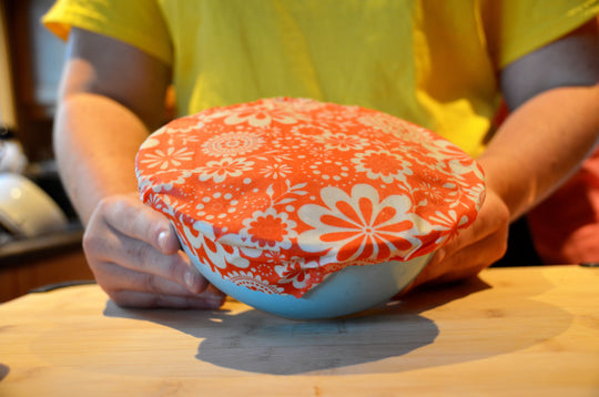 Cover your leftovers with a beeswax wrap!