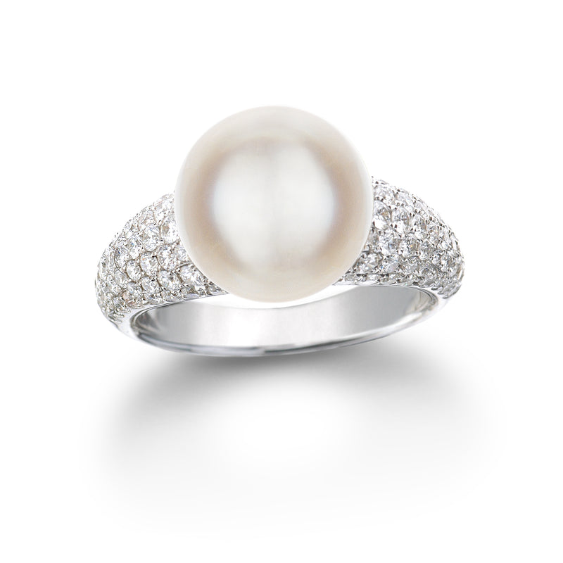 South Sea Pearl Diamond Ring set in 18k White Gold