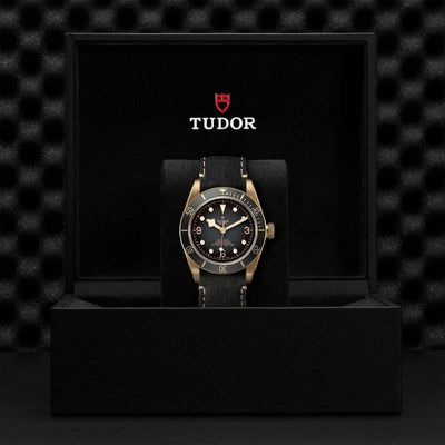 Tudor Black Bay Bronze 43mm M79250BA-0001 Presentation Box