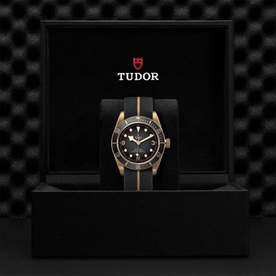 Tudor Black Bay Bronze 43mm M79250BA-0002 Presentation Box