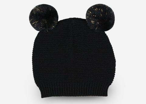 products/BLACK_POM_BEANIE_large_f5f927ee-005d-4181-8036-6c82380e65a4.jpg