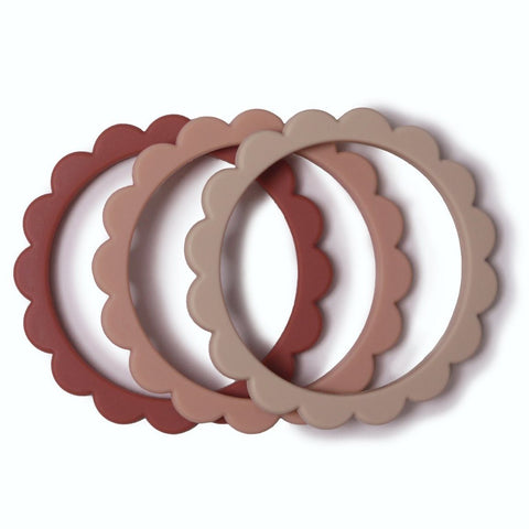 products/silicone-flower-teething-bracelet-set-of-3-baby-gears-mushie-roseblushshifting-sand-460289_1152x1152_11b46532-2e16-401d-aa32-093d4da227a3.jpg