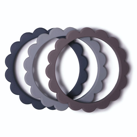 products/silicone-flower-teething-bracelet-set-of-3-baby-gears-mushie-steeldove-graystone-520968_1200x1200_61c8eac3-d482-42a0-b1b5-98085bb1bfa5.jpg