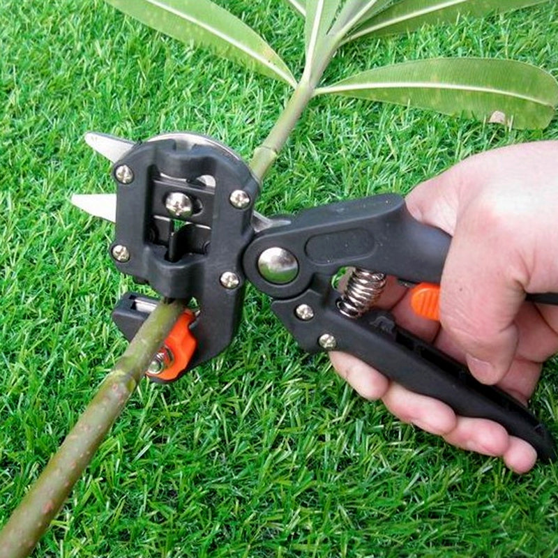 Gocomma Garden Pruner Fruit Tree Branches Cutting Tool with Extra 2 Blades