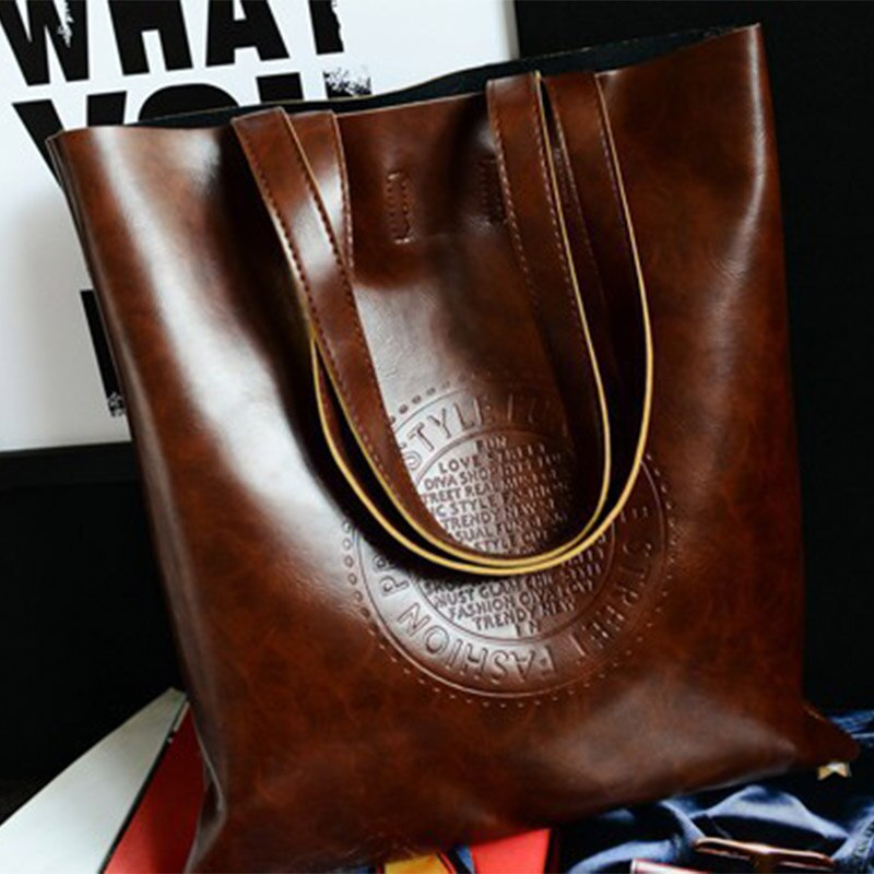 Fashion simple ladies handbag shoulder bag embossed ladies bag oil wax ladies leather handbag