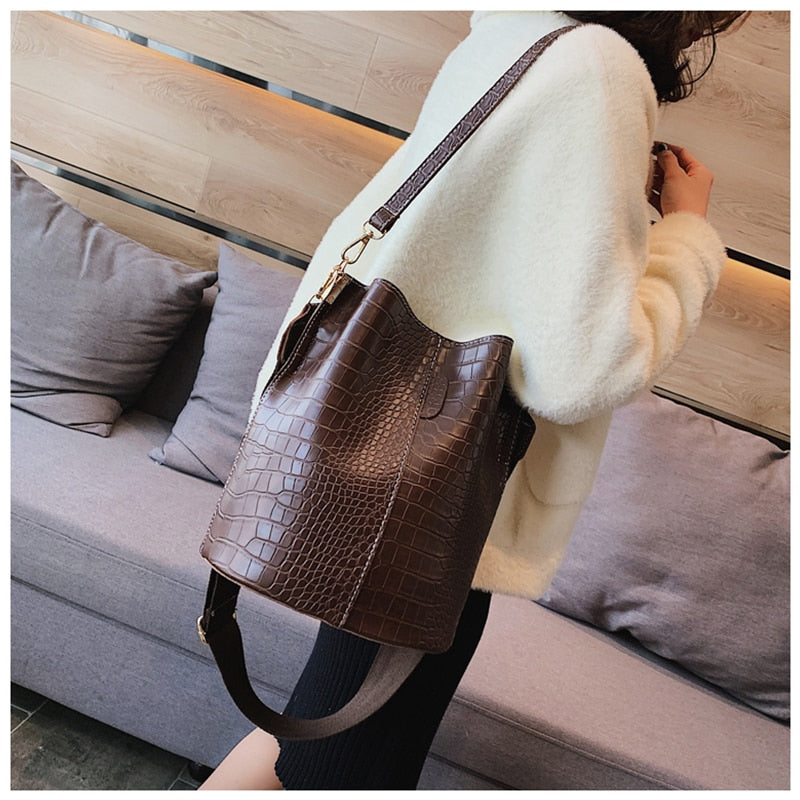 Ansloth Fashion Patchwork Crossbody Bag For Women Shoulder Bags Crocodile Design Solid Women's Bags Luxury PU Leather Bag HPS405