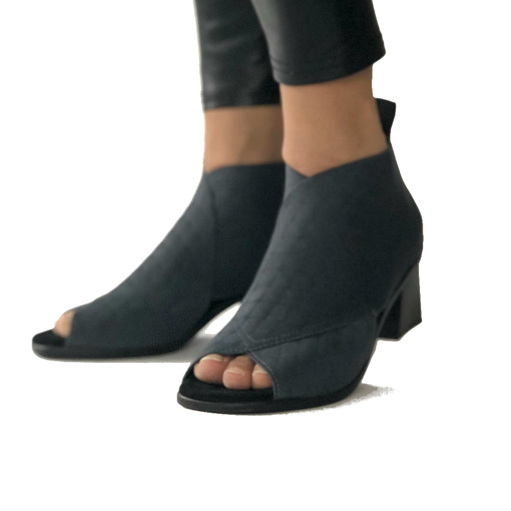 Ciutadella Quilted Open-Toe Bootie