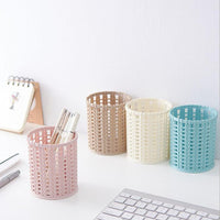 New Office Organizer Desktop Hollow Cylinder Pen Storage Box Pencil Brush Pot Pen Holder Makeup Brush Plastic Container Home