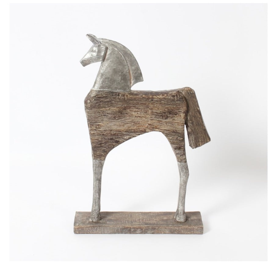 WOODEN HORSE TABLE DECOR