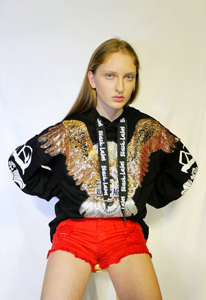 eagle hoodie with red shorts