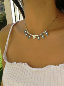 Collar Simple Blanco
