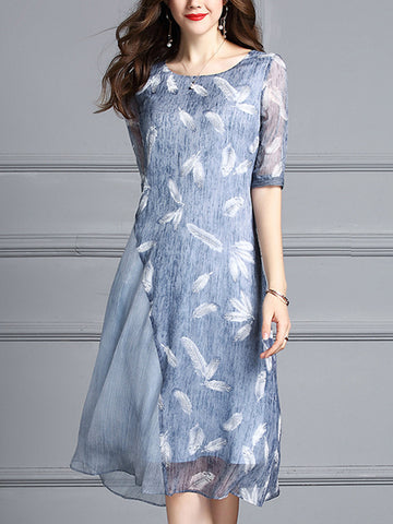 Fashionable loose stitching feather print dress