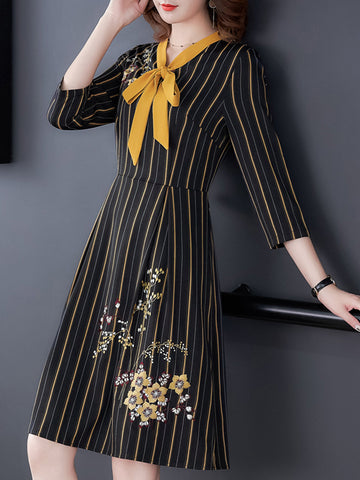 Striped polo collar bow embroidered cropped sleeve dress