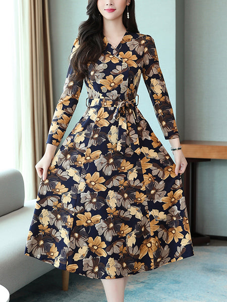 Printed high-end v-neck popular wild bottoming dress