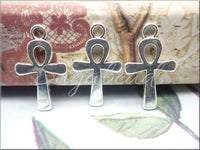 10 Egyptian Ankh Charms in Antiqued Silver 22mm x 13mm PS23
