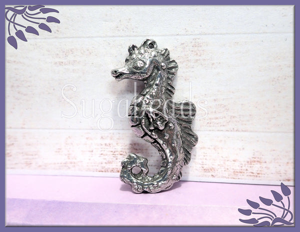 Pewter Seahorse Pendant from Green Girl Studios, 3D Seahorse