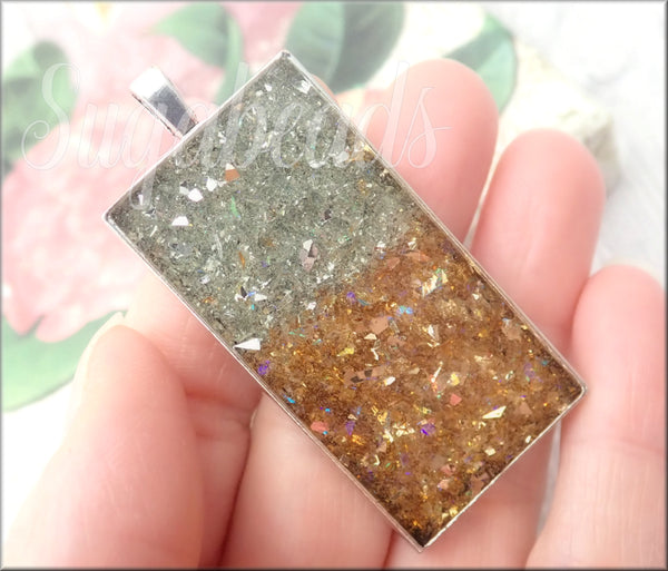 1 Sparkling Silver and Gold Resin Pendant