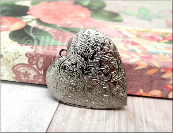 1 Gunmetal Heart Locket, Larger sized Locket, Embossed Floral Pendant