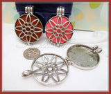 1 Round Silver Flower Locket with scent pads 45mm PS200