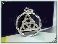 4 Round Bright Silver Celtic Triangle Knot Charms 27mm PS3