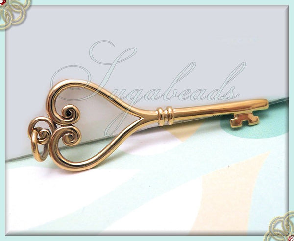 1 Natural Bronze Key Pendant 47mm, ND6