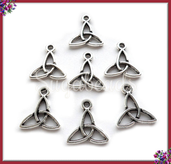 20 Antiqued Silver Celtic Knot Charms 14mm x 12mm PS34