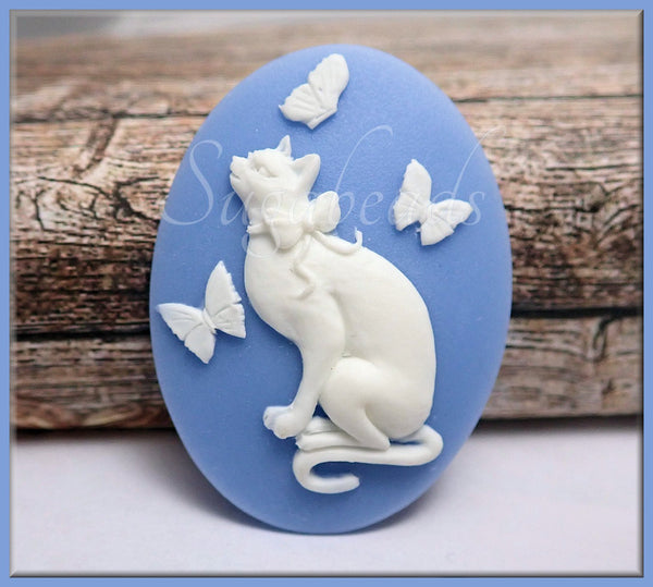 2 White Cat with Butterflies Cameo, Blue Resin Flat Back Cameo, Cat Cameo, Fits 30x40