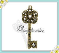 4 Skeleton Keys, Antiqued Brass Heart Keys, Brass Key Pendants 59mm - sugabeads