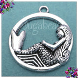 5 Antiqued Silver Round Mermaid Charms 23mm PS102