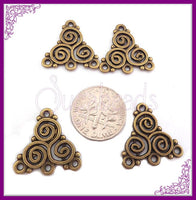 10 Antiqued Brass Triple Spiral Celtic Triskele Connectors 20mm - sugabeads