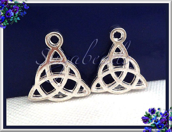10 Bright Silver Plated Celtic Knot Charms 16mm - Triangle Celtic Charms PS42
