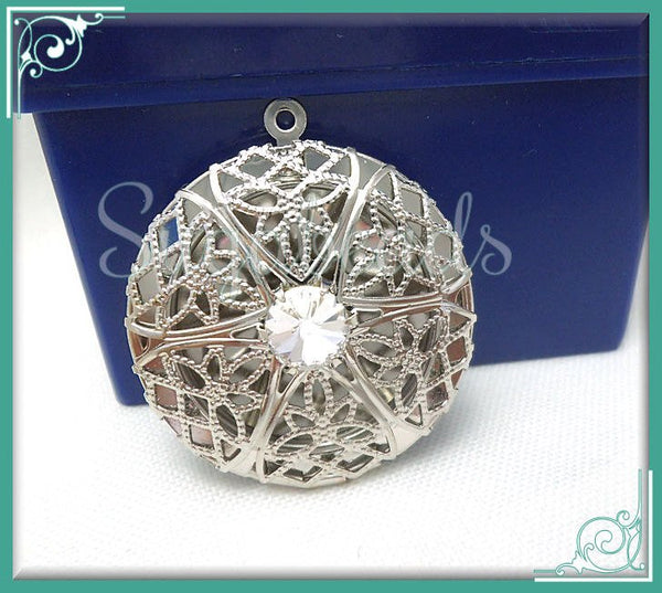 1 Round Silver Filigree Lockets with Crystal 32mm - PS24