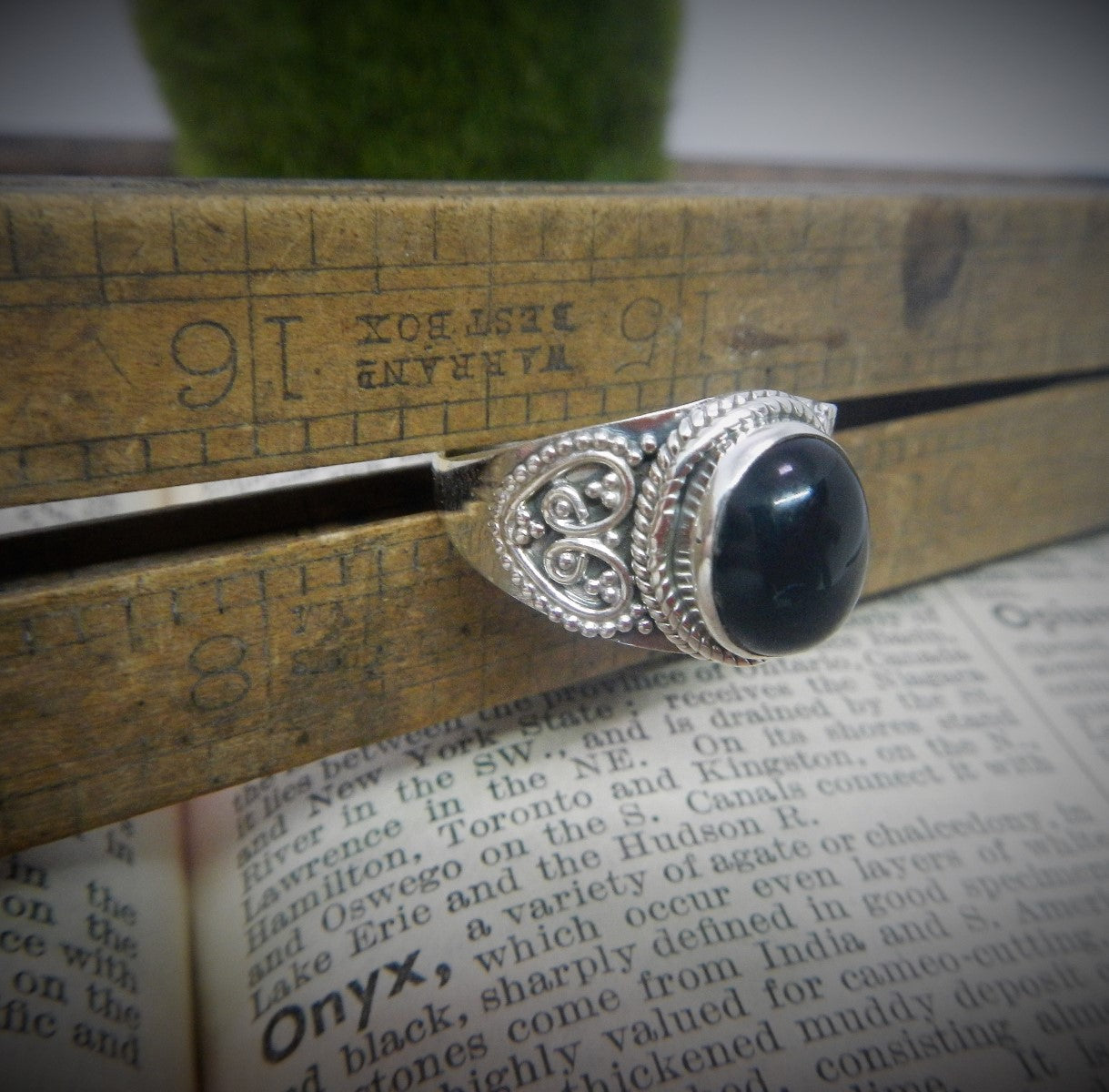 Size 8.5 Black Onyx & 925 Sterling Silver Ring.