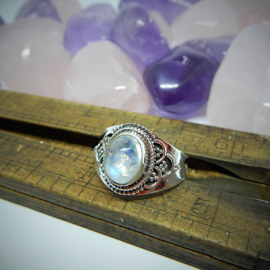 Size 8.5 Moonstone & Sterling Silver Ring #87