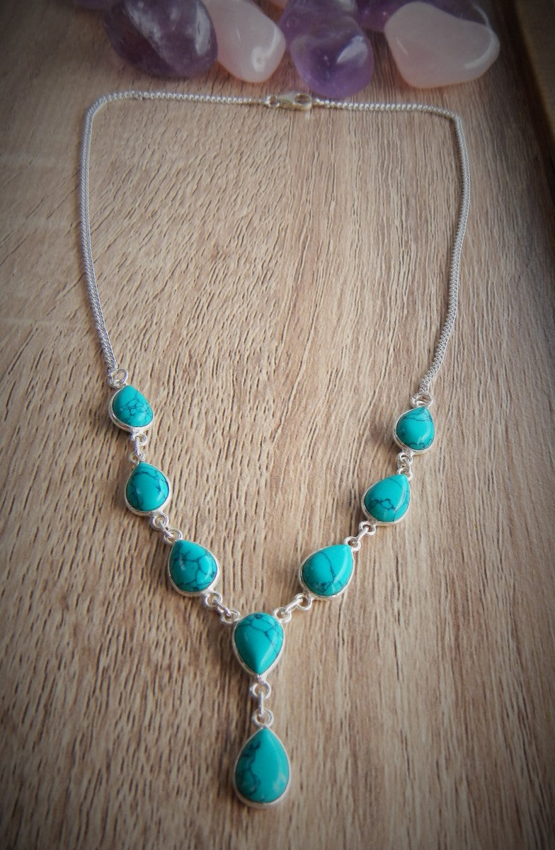 Turquoise & 925 Sterling Silver Necklace.