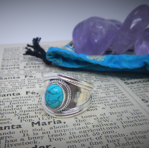 Size 7.5 Turquoise & 925 Sterling Silver Ring
